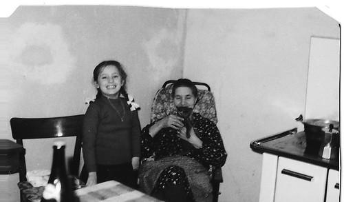 Se per la nonna Tirì gli animali esistevano solo come cibo da consumare, per la nonna Gridonia, invece, gli animali erano compagnia e tenerezza