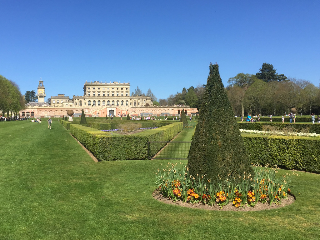 Cliveden the parterre diamond geezer flickr for Parterre 3d
