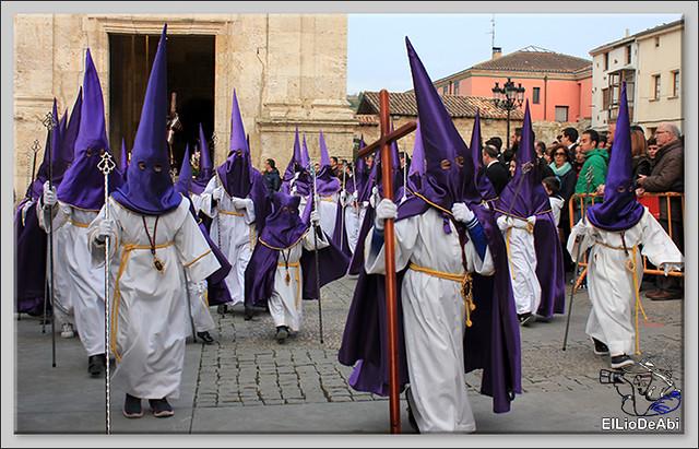 Procesión del Santo Entierro en la Semana Santa de Briviesca 2017 10