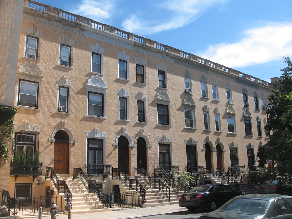 Strivers row houses harlem king model houses for Model houses in new york