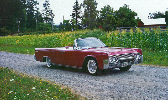 1961 lincoln continental convertible flickr photo sharing. Black Bedroom Furniture Sets. Home Design Ideas