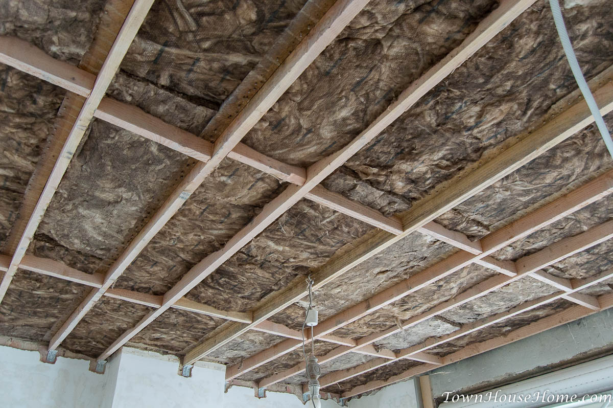 Rockwool between beams
