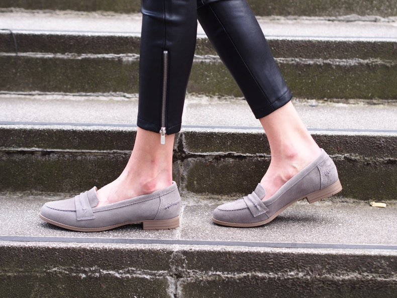 grey hush puppies loafers