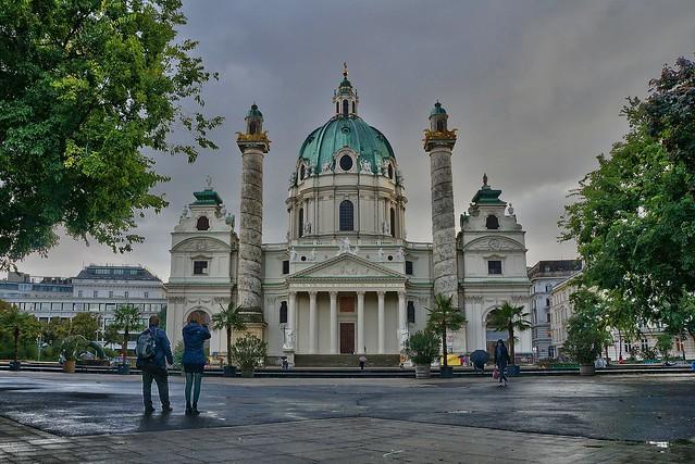 Karlsplatz. Viena