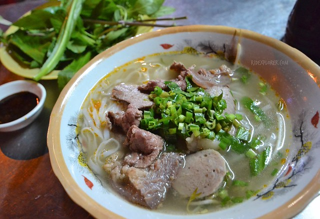 fun things to do in Saigon pho noodle soup