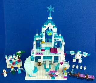 Review:  41148 Elsa's Magical Ice Palace