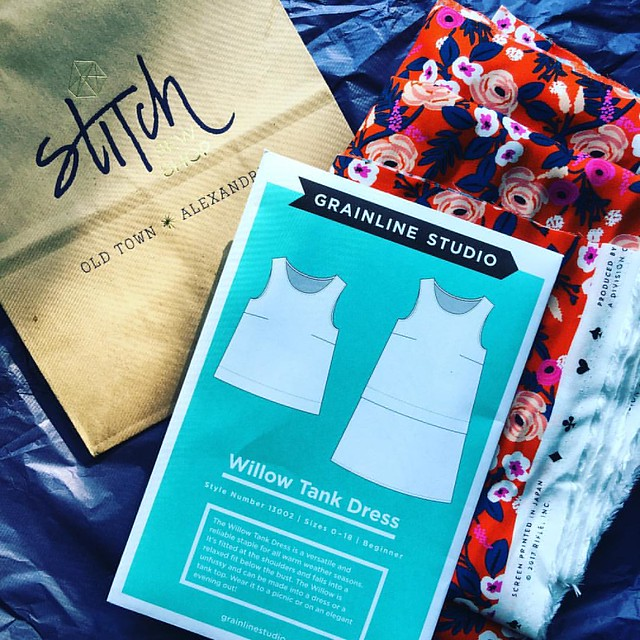 Popped over to @stitchsewshop to get my supplies for #summerofbasics make along! I decided to make the @grainlinestudio Willow tank dress with @riflepaperco fabric. Time to dust off my sewing machine and get to work! #imakemyclothes