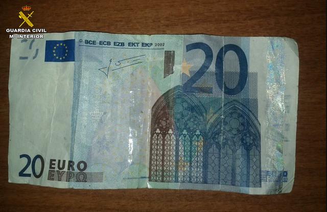 AionSur 33638331285_86cd929142_z_d Dos detenidos en El Coronil por pagar con billetes falsos en varios bares El Coronil