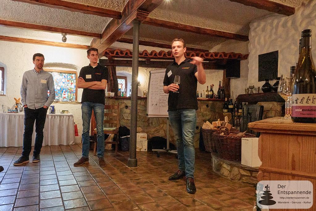 Vinocamp Jungwinzer erzählen von ihrem Projekt im Weingut Christmann
