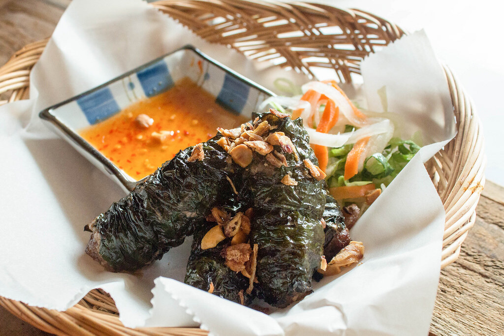 Vietnamese Food: Saigon Alley