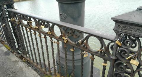 Candados-Puente-Triana