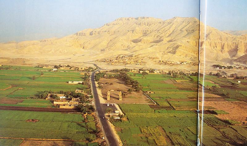 1-001x-メムノンの巨像と王家の谷