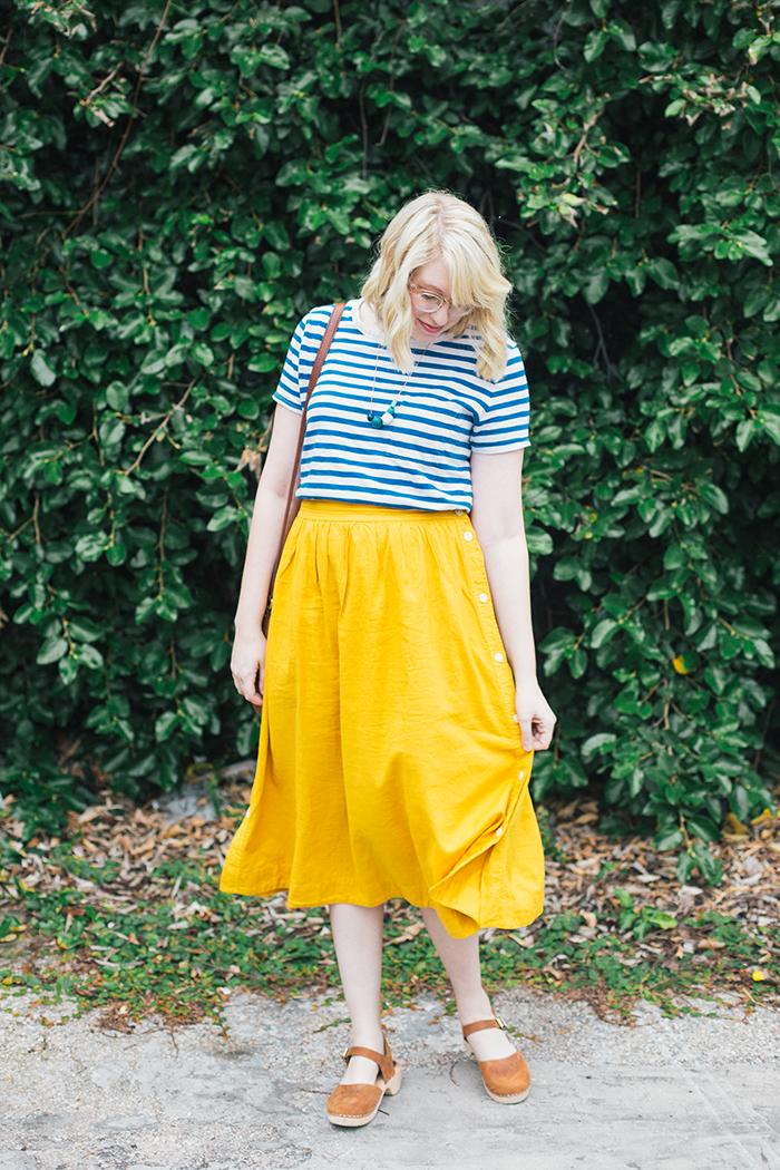 austin style blogger writes like a girl madewell midi skirt8
