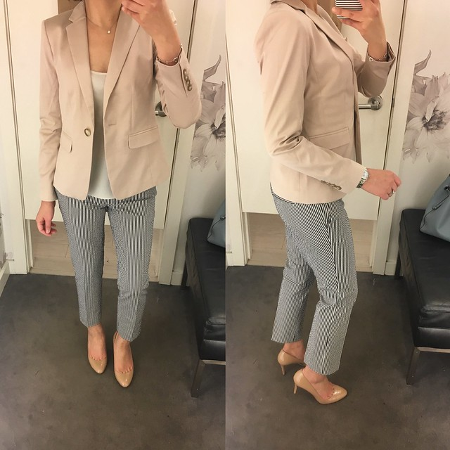 Ann Taylor Cotton Sateen One Button Jacket in pearl blush, size 0P