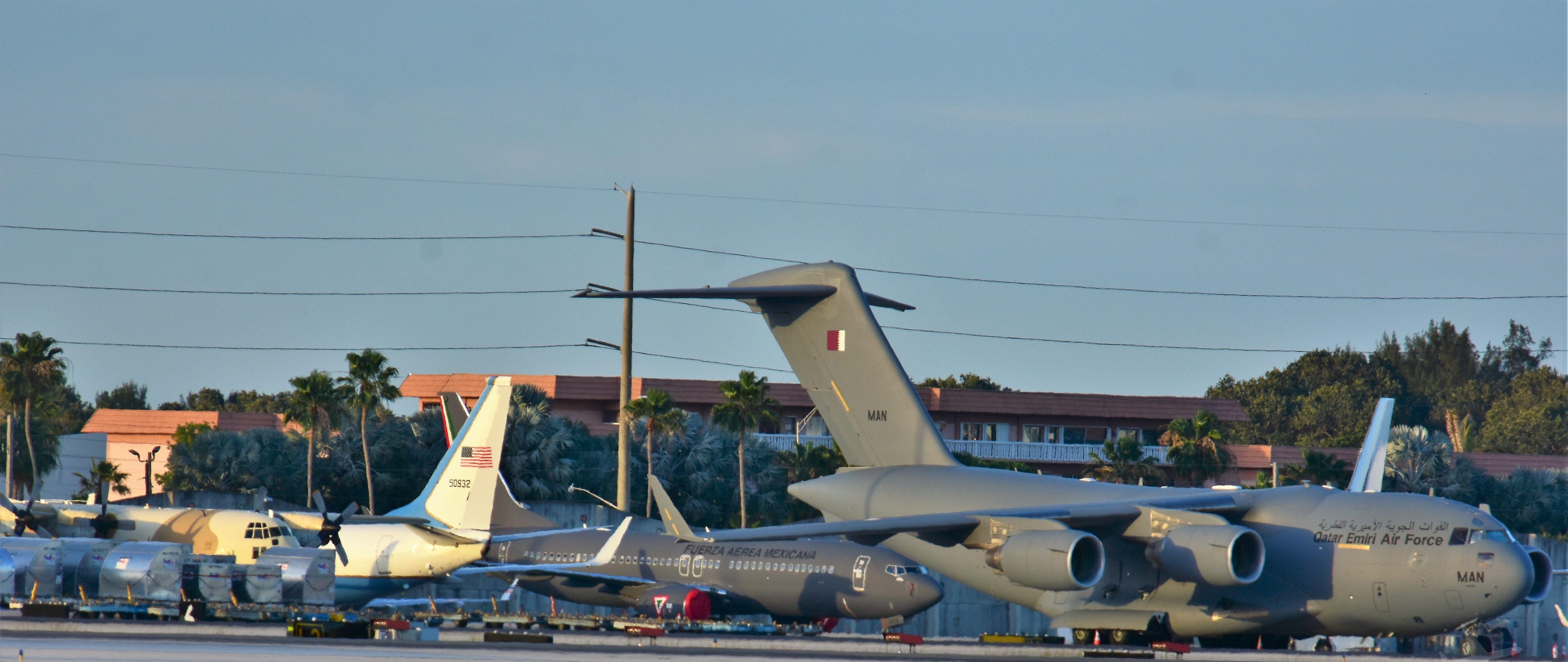 FRA: Photos d'avions de transport - Page 31 34182088081_75cf2f114b_o