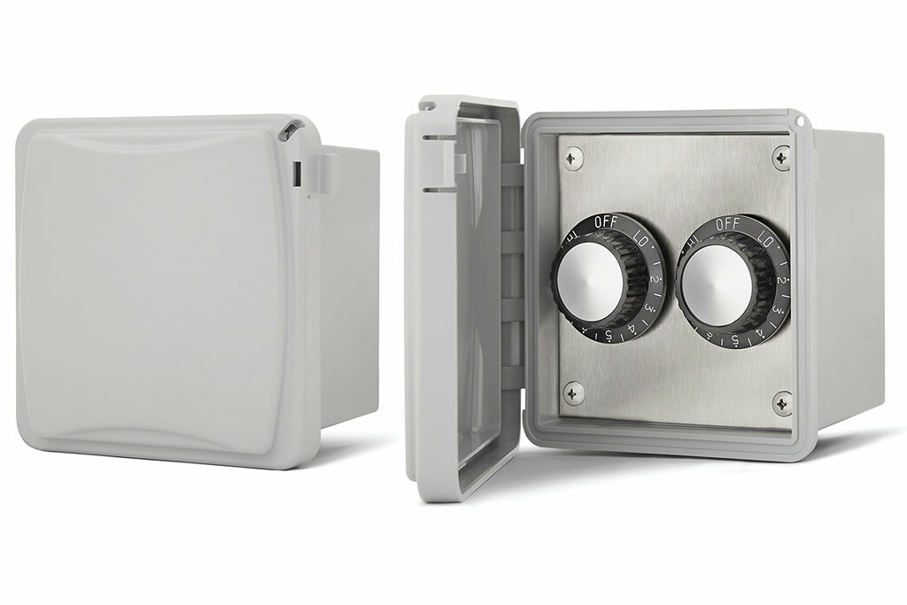 QBC Bundled Infratech 14-4225 Dual Input Heat Regulators with Weatherproof Box and Surface Mount Installation 14-4225 for 240 volt 15 Amps - Plus Free QBC Infrared Heating 101 eBook