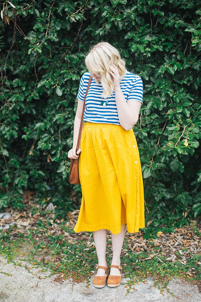 austin style blogger writes like a girl madewell midi skirt1