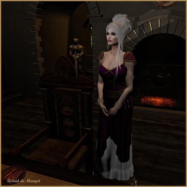 Queenly_001