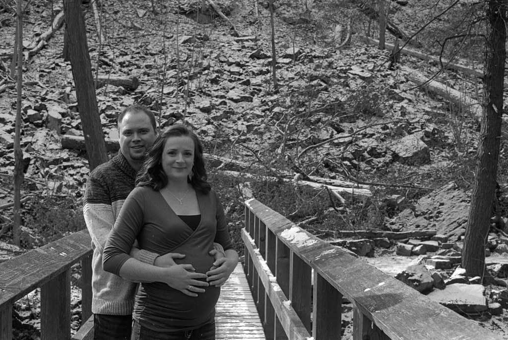 Evan & Holly - Maternity Shoot