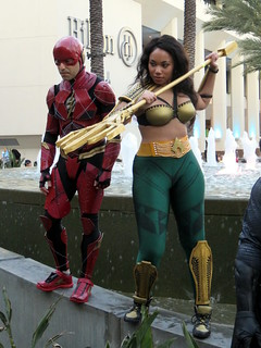 Movie-Style Flash and Aquawoman Cosplay