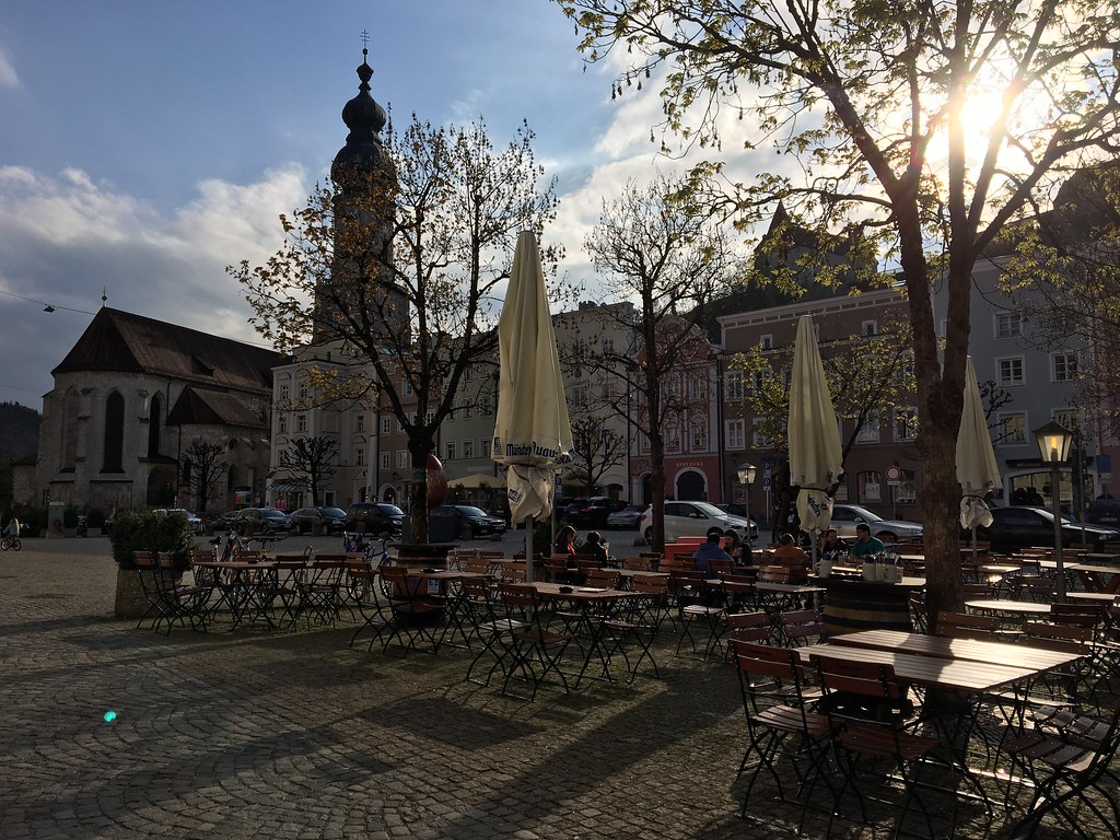 Saksa, Itävalta, Bratislava
