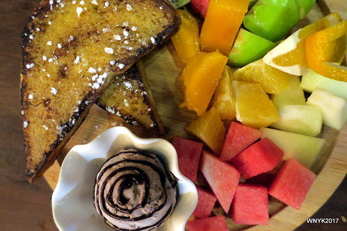 Seasonal Fruits French Toast