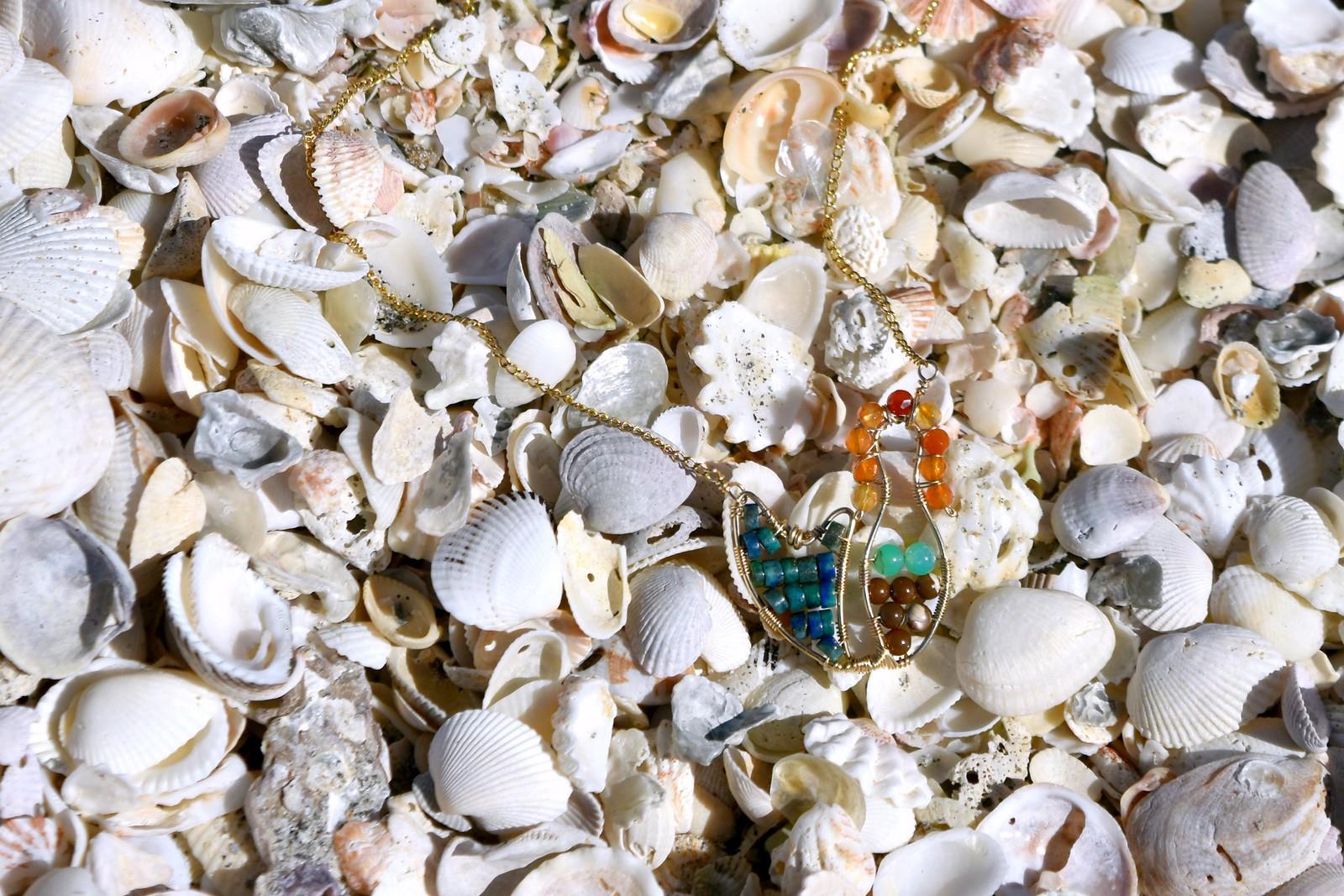 Lexi Jewelry mermaid necklace_seashells