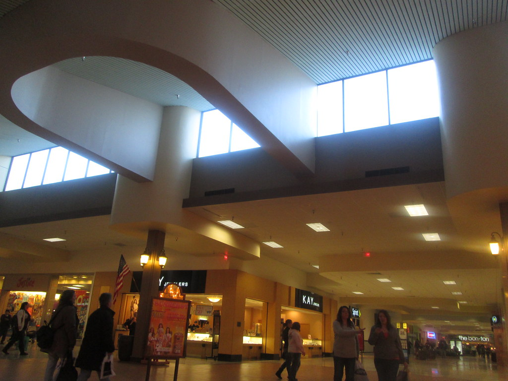 Movies & Showtimes for Regal Williamsport Lycoming Mall 12 Buy movie tickets online. Select a ggso.gaon: Lycoming Mall Circle Pennsdale, PA.