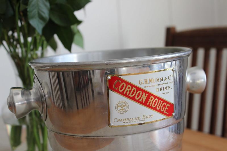 Vintage champagne cooler / etdrysskanel.com