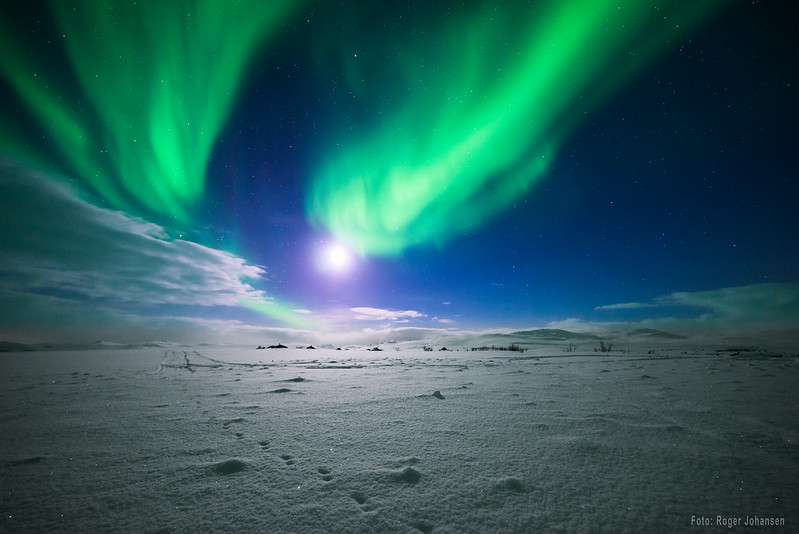 Northernlights at the flat arctic mountain