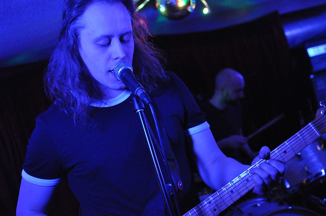 Neon Wave at House of Targ
