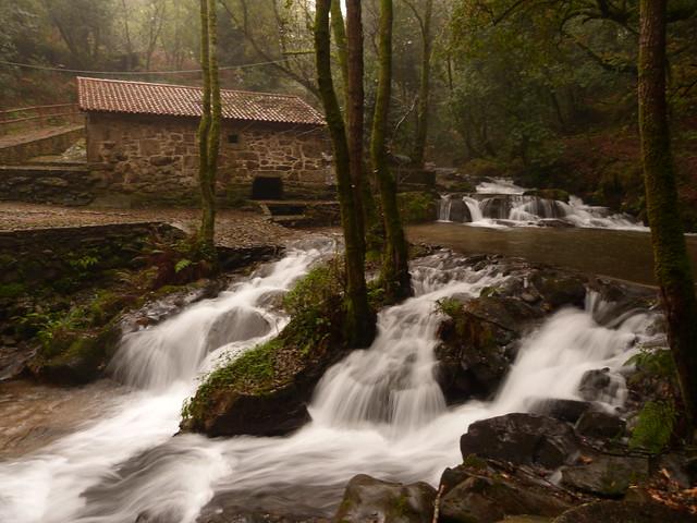 Ruta da pedra e da auga (Rías Baixas, Galicia)