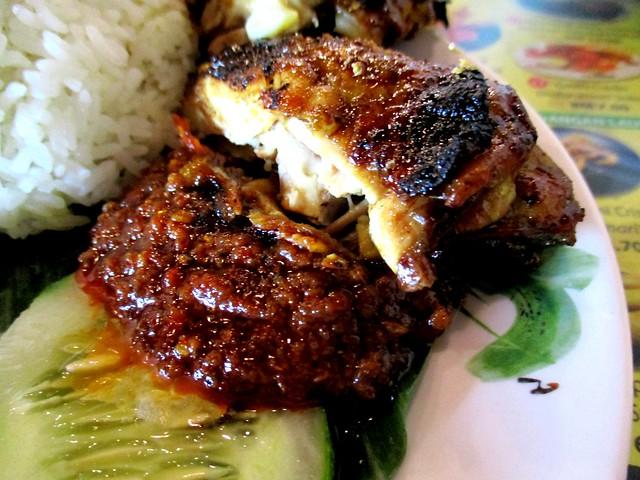 Ayam Penyet Ria sambal & ayam bakar
