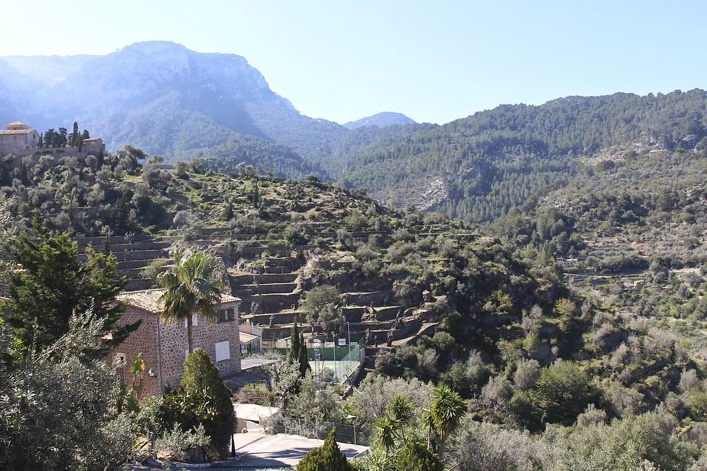 Länsi-Mallorca. Vuoristokylät ja lomakohteet. Andtrax - Port d'Andratx, Valldemossa - Port de Valldemossa, Soller - Port de Soller, Deià