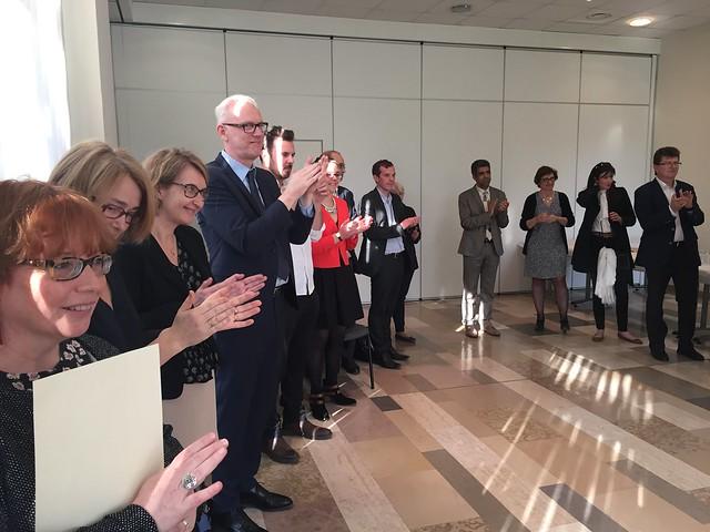 Cérémonie de remise des insignes de Chevalier dans l'ordre des Palmes académiques à Sophie Jullian, déléguée régionale pour la recherche et la technologie