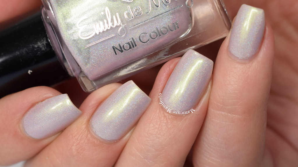 Emily De Molly A Peony For Your Thoughts swatch