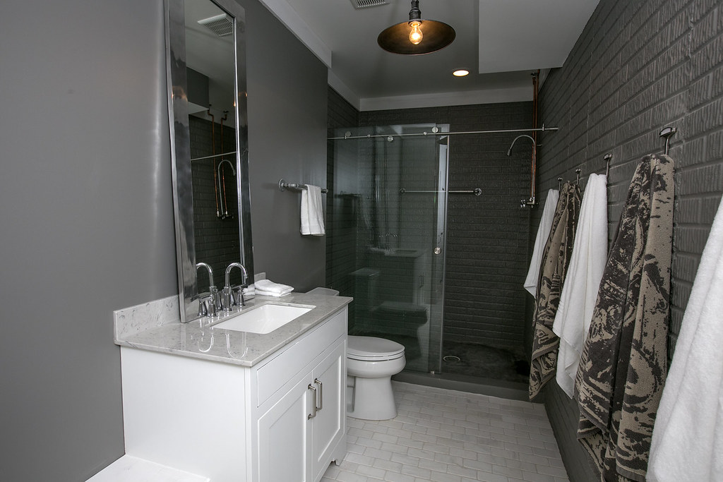 black n white bathroom ne 2 35 bia parade of homes photo gallery flickr 17410