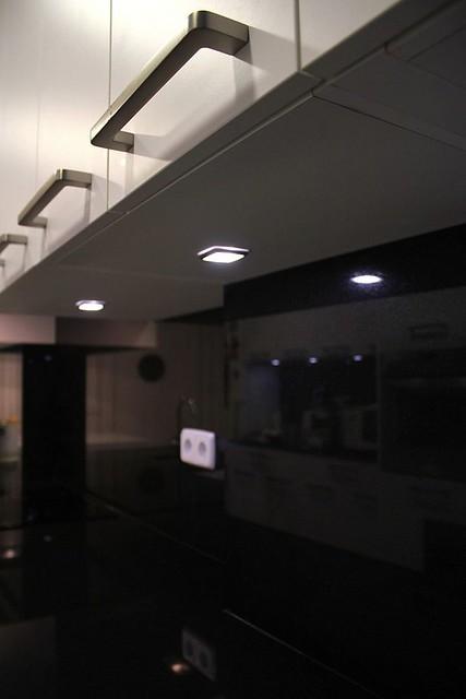 Dise o de cocinas en madrid centro maria molina cocina - Cocinas en negro ...