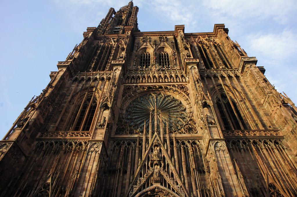 Strasbourg france strasbourg cathedral gothic for Strasbourg architecture