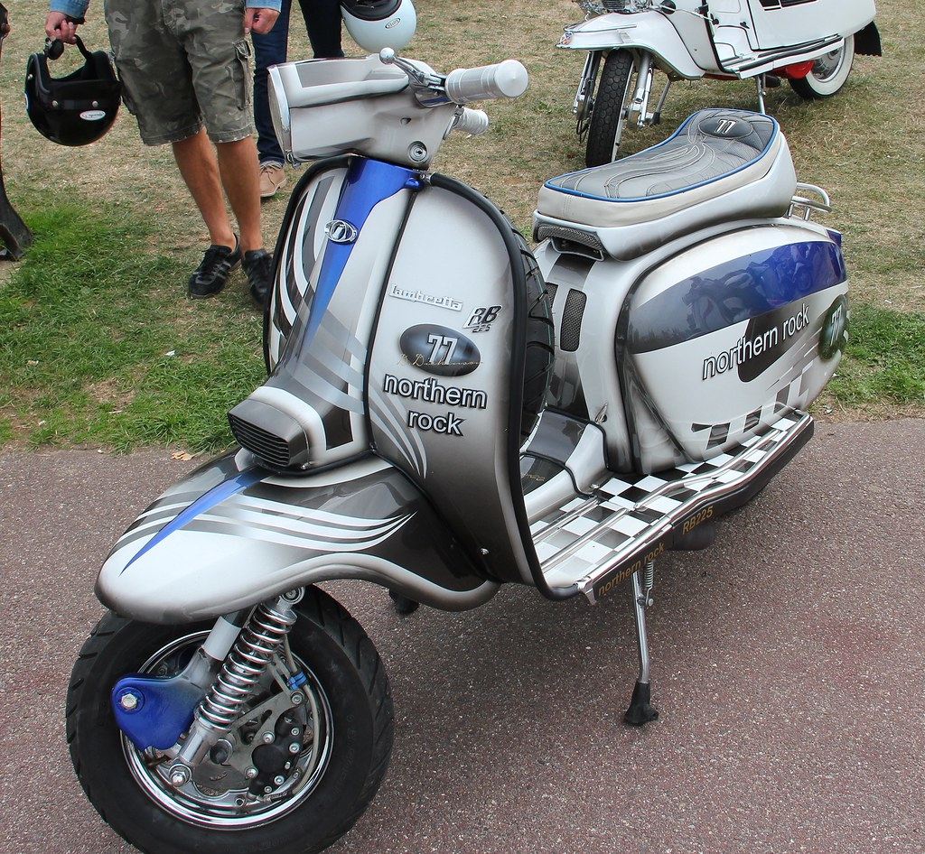 isle of wight scooter rally 2013 lambretta norther rock