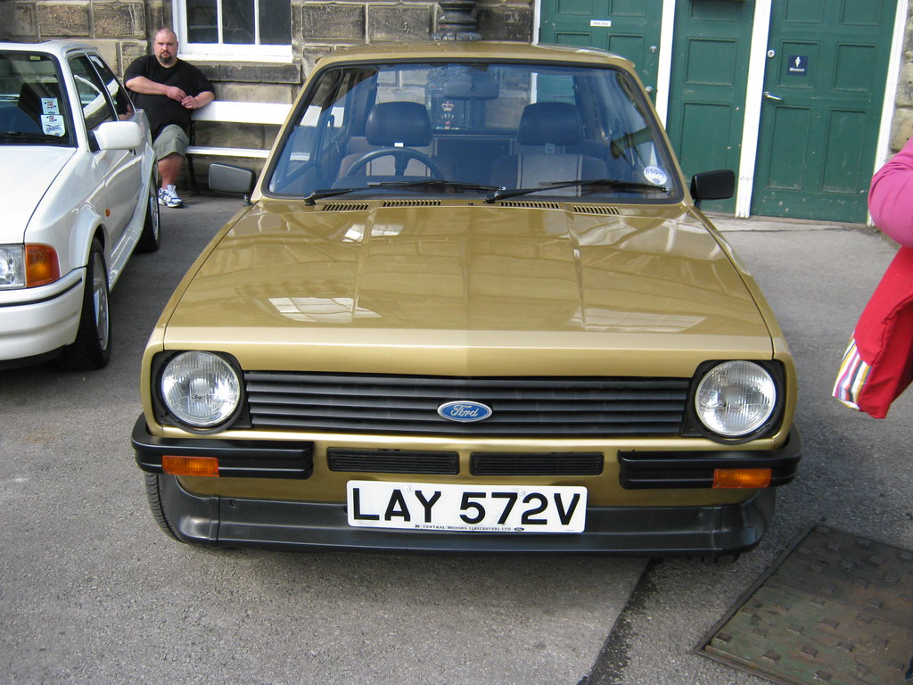 1980 ford fiesta mk1 1298cc s lay572v registration. Black Bedroom Furniture Sets. Home Design Ideas