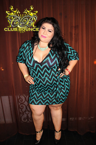 plump latina - photo#18