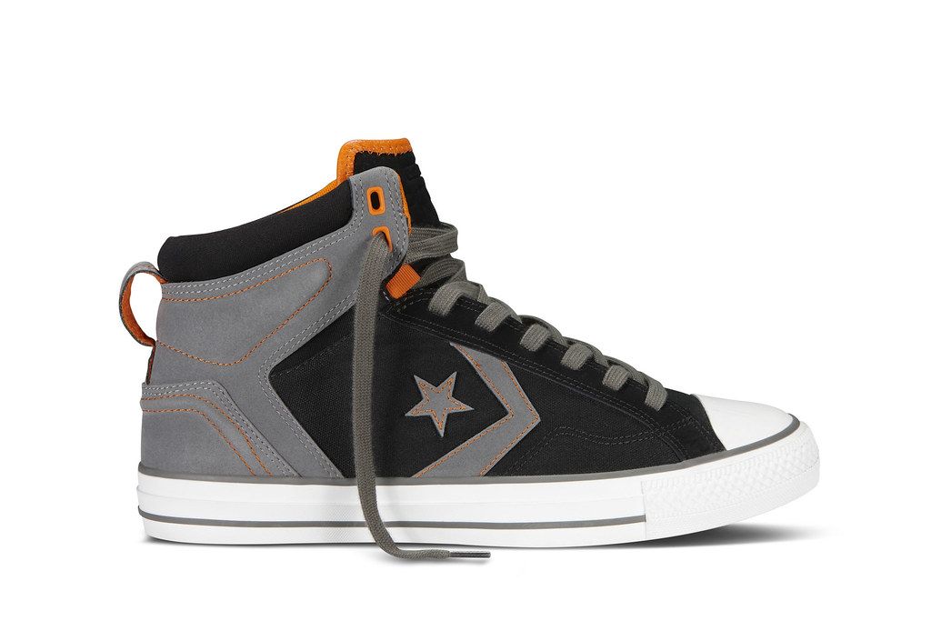 68d7017be319 ... 2013 Holiday Converse CONS collection