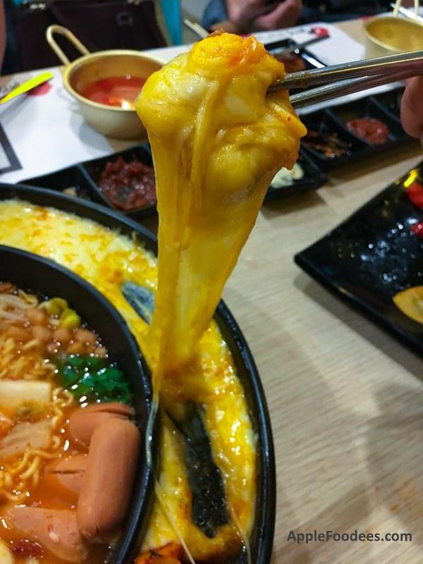 Omaya Malaysia - Cheese Pull Shimson Stew