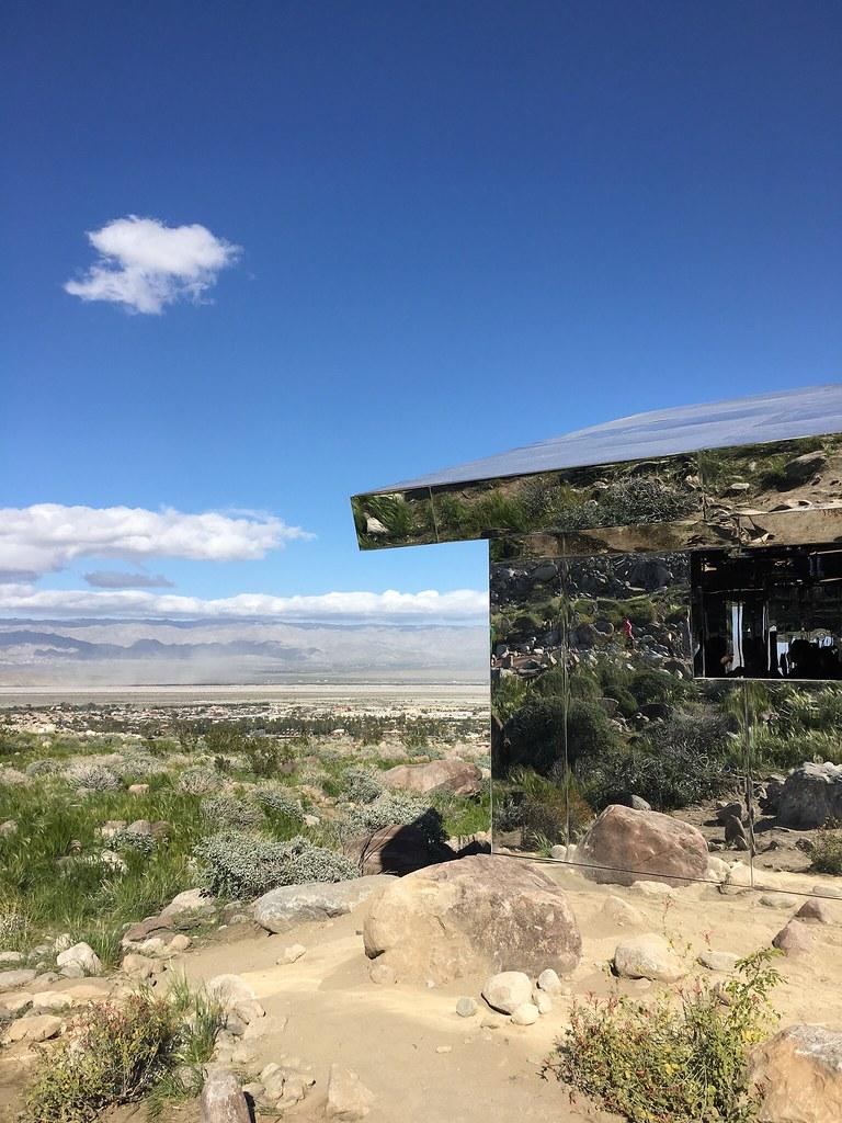 Doug Aitken - Mirage