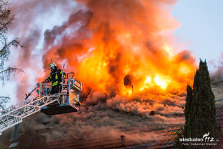 Dachstuhlbrand Dotzheim 09.04.17
