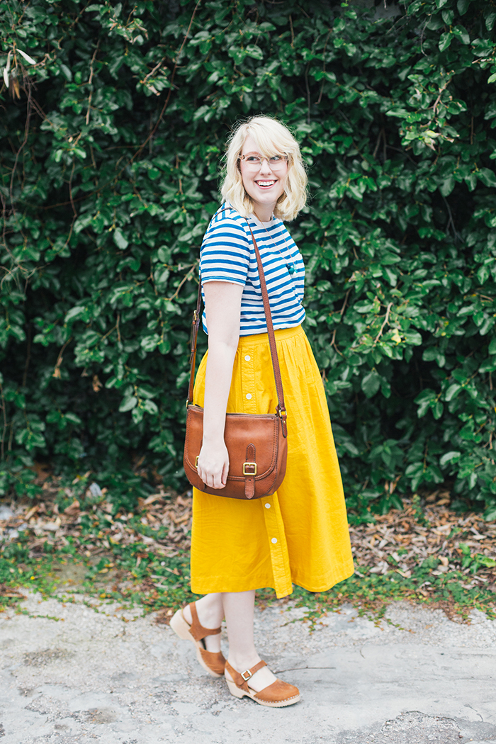 austin style blogger writes like a girl madewell midi skirt5
