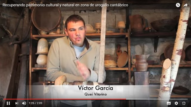 Victor de Quei Vitorino en el taller del Rincón Cunqueiro
