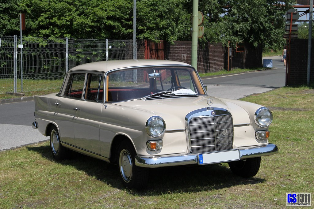 "White Mercedes Benz >> 1965 - 1968 Mercedes-Benz W 110 (200D) | The W110 ""Fintail ..."