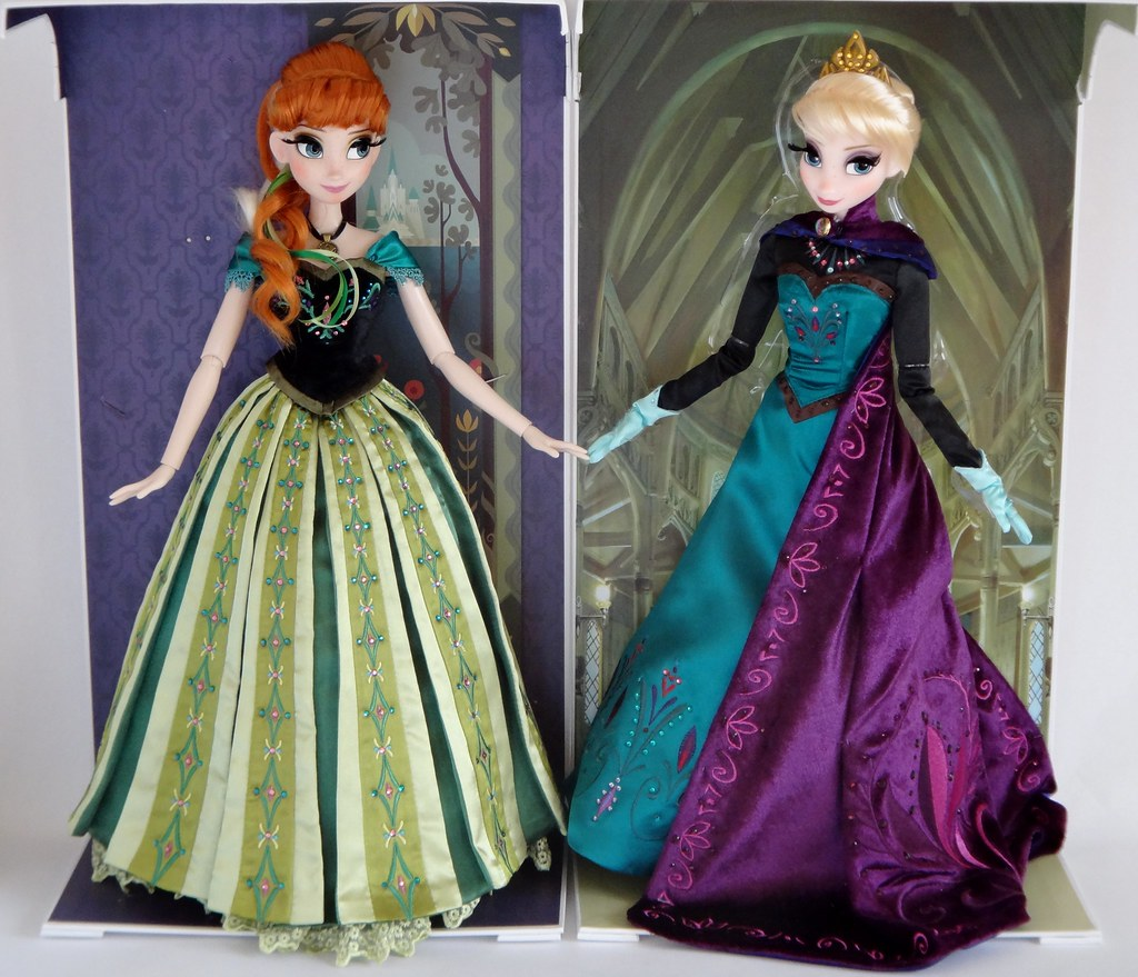 Coronation Anna and Elsa Limited Edition Dolls - Side By S ...